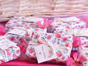 Detalles rosa blanco para boda romántica, jabones artesanales.