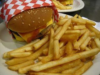 gastronomia-off-topic-la-comida-rpida--origen-del-sndwich-la-pizza-y-la-hamburguesa-gastronomia-off-topic-la-comida-rpida-origen-del-sndwich-la-pizza-y-la-hamburguesa