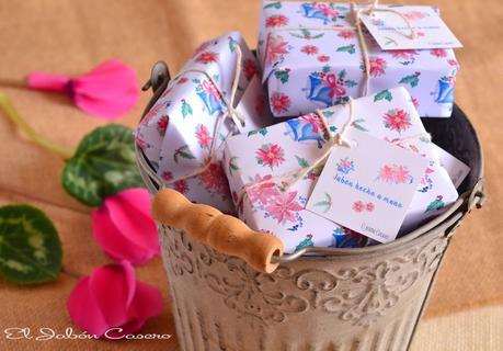 Regalos para la navidad jabones artesanales paperblog for Regalos navidenos caseros