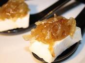 Cucharita queso brie cebolla caramelizada