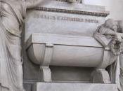 Cenotafios Laberint Wonderland