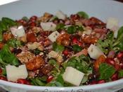 Ensalada granada, queso tierno frutos secos