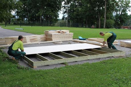 Instalación del suelo para caseta nórdica