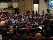 "Abbas reelegido ""por consenso"" como líder Fatah."
