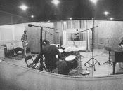 Joan Villalonga versiona Beatles anuncia single