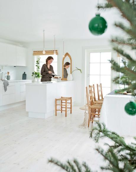 Una casa decorada para una navidad natural paperblog - Una casa para navidad ...