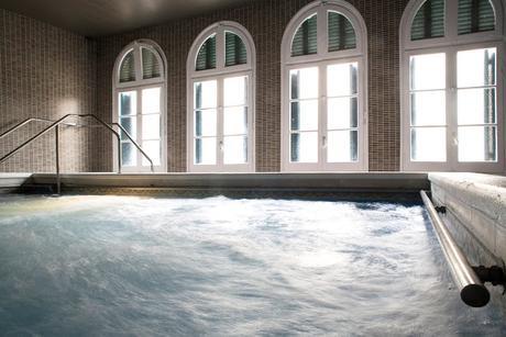 Blog trip girona i hotel balneario vichy catalan for Piscina en catalan