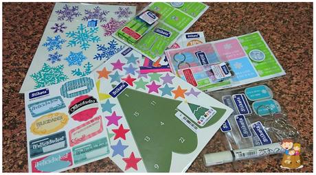 Stikets nos trae etiquetas, llaveros, pulseras personalizadas y un calendario de adviento que viene con sorpresa - Post con Sorteo -