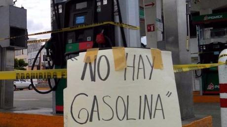Falta de combustible en San Luis Potosí produce largas esperas en gasolineras