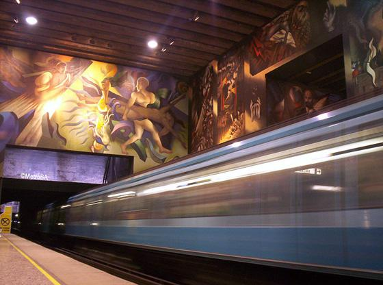 Mural-metro-universidad-de-Chile