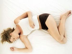 dolor menstruacion 1 300x225 Cómo retrasar la menstruación