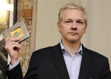 Assange volverá a la corte el próximo 24 de febrero (+ video)