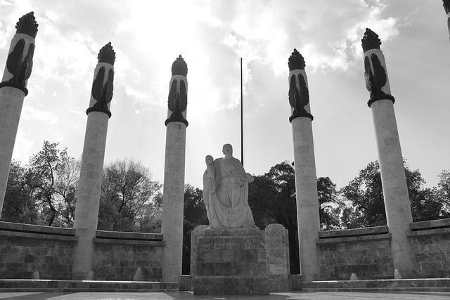 Monumento a los Niños Héroes B&N