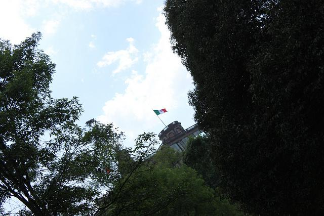 Castillo de Chapultepec a lo lejos