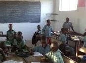 Marcha Solidaria permite arreglar colegio Gambia