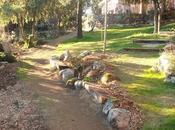 jardines pendientes interesantes pero necesario sujetar terreno algunos puntos.