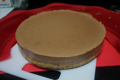 Tarta de turrón de chocolate con arroz inflado