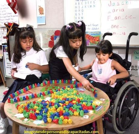 como tratar a las personas con discapacidad intelectual