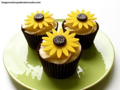 flores de fondant para cupcakes faciles