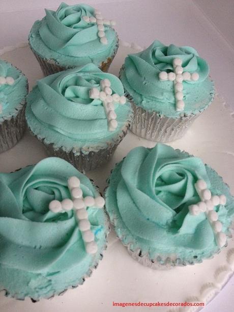 como hacer cupcakes para bautizo decorar