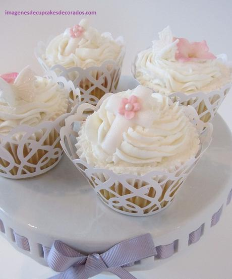 pastel de quequitos para bautizo decorados