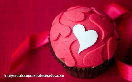 cupcakes decorados de amor fondant