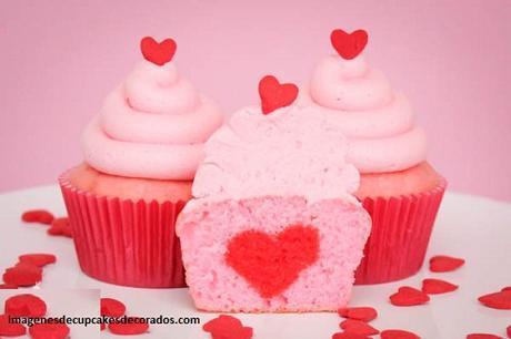 cupcakes decorados de amor corazon