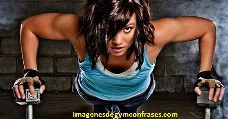 fotos de mujeres en el gimnasio entrenando motivacion