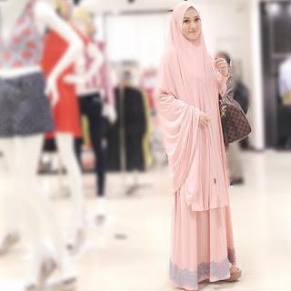 Model Baju Syari Lyra Virna Paperblog