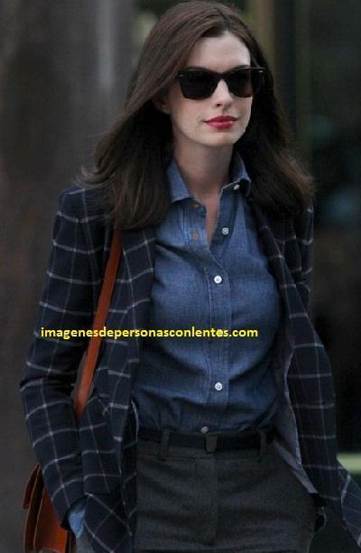 fotos de mujeres con lentes oscuros modelos