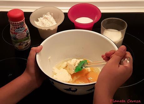 Niños... a la cocina !! (IV) : Tarta de quesitos