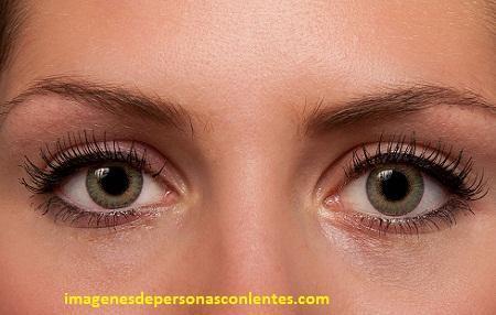 imagenes de lentes de contacto verdes graduadas