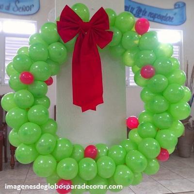 decoracion para navidad con globos corona