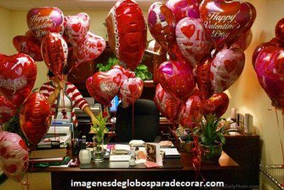 decoracion con globos para san valentin romantico