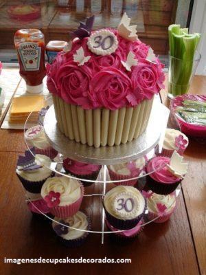 imagenes de pasteles con cupcakes torre