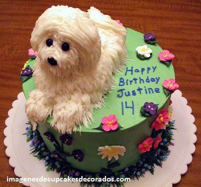 pastel de cumpleaños para perros crema