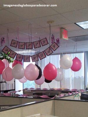 4 imagenes con creativa decoracion en globos para oficina for Decoracion de oficinas creativas