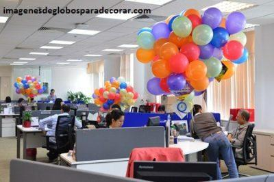 4 imagenes con creativa decoracion en globos para oficina for Decoracion oficina creativa