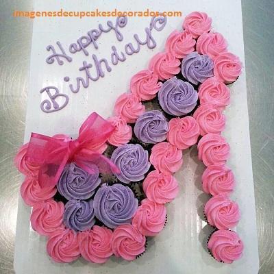 cupcakes para cumpleaños de mujer pastel