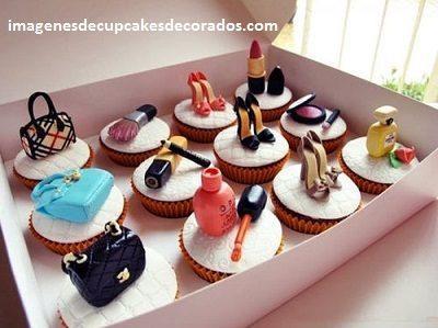 cupcakes para cumpleaños de mujer fondant