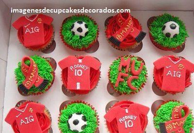 cupcakes cumpleaños para hombre crema