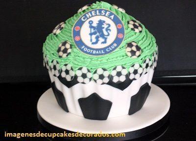 cupcakes cumpleaños para hombre pasteles