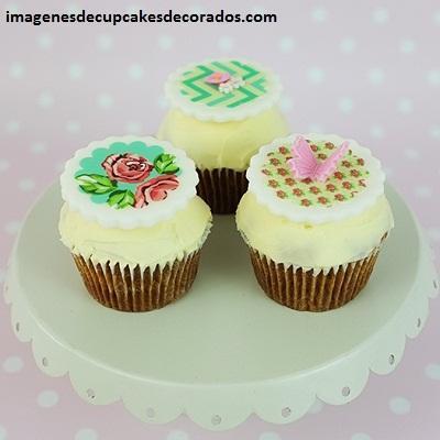cupcakes para quince años decorados con fondant imagenes