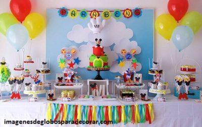 Fotos con adorno de globos para la mesa de cumpleaos de nios