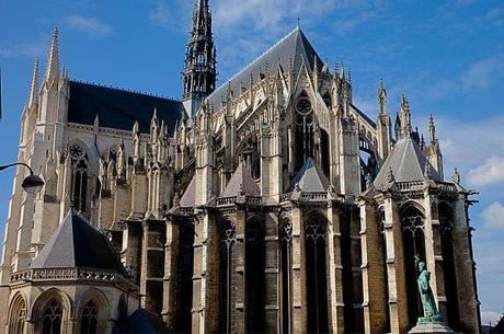 Te Mostramos La Hermosa Catedral De Amiens. La Iglesia Más Grande De Francia