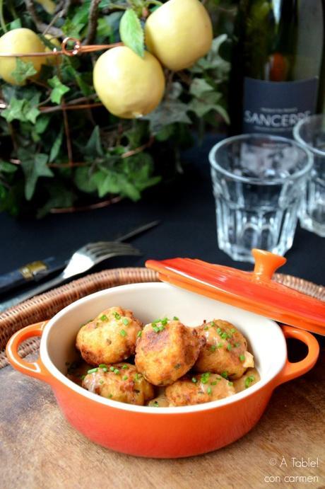 Albóndigas de Vieiras con Salsa de Cebolla y Pimiento