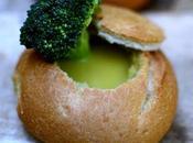 Crema brócoli baja calorías servida