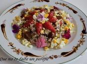Ensalada Quinoa, Fresas, Flores Atún Rojo