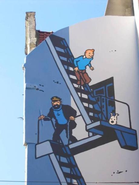 La Rue de l'Étuve (no) esconde esta pintura mural de Tintín y el Capitán Haddock (Visit Brussels)
