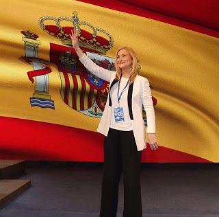 #CifuPresidenta on fire